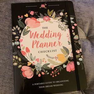 The Wedding Planner Checklist Planner